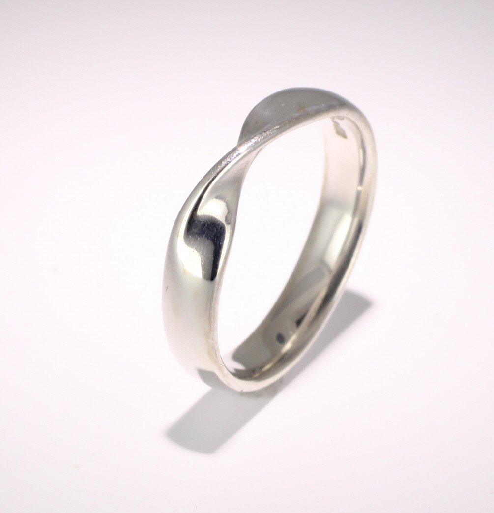 Shaped Wedding Ring 4mm (R502) - All Metals