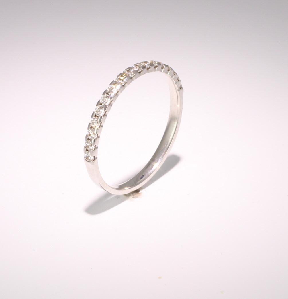 Palladium 0.25ct Brilliant HSI Diamond Half Eternity - 2.3mm Band - Claw Set