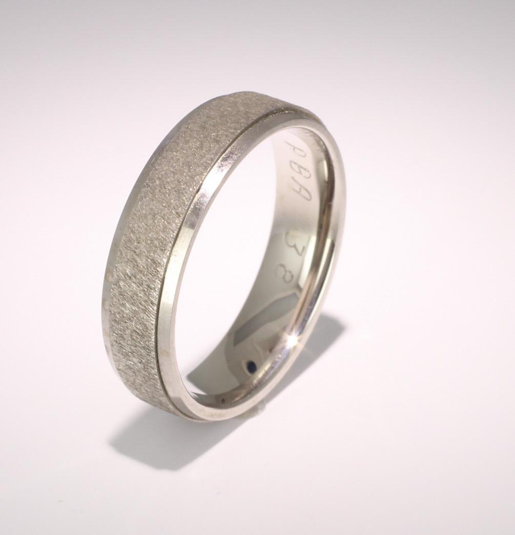 Special Designer Palladium Wedding Ring Dilectio