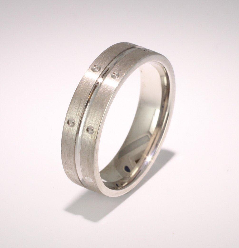 Patterned Designer White Gold Wedding Ring - Amitie