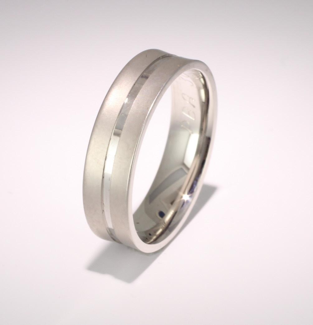 Patterned Designer White Gold Wedding Ring - Cara
