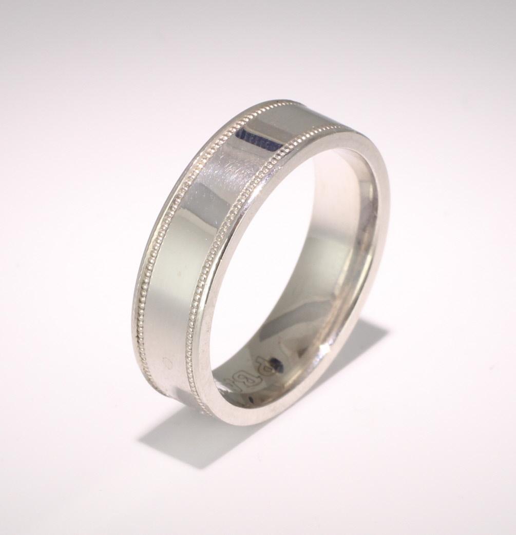 Felicita 3 to 6mm D Shape 9ct White Gold Wedding Ring