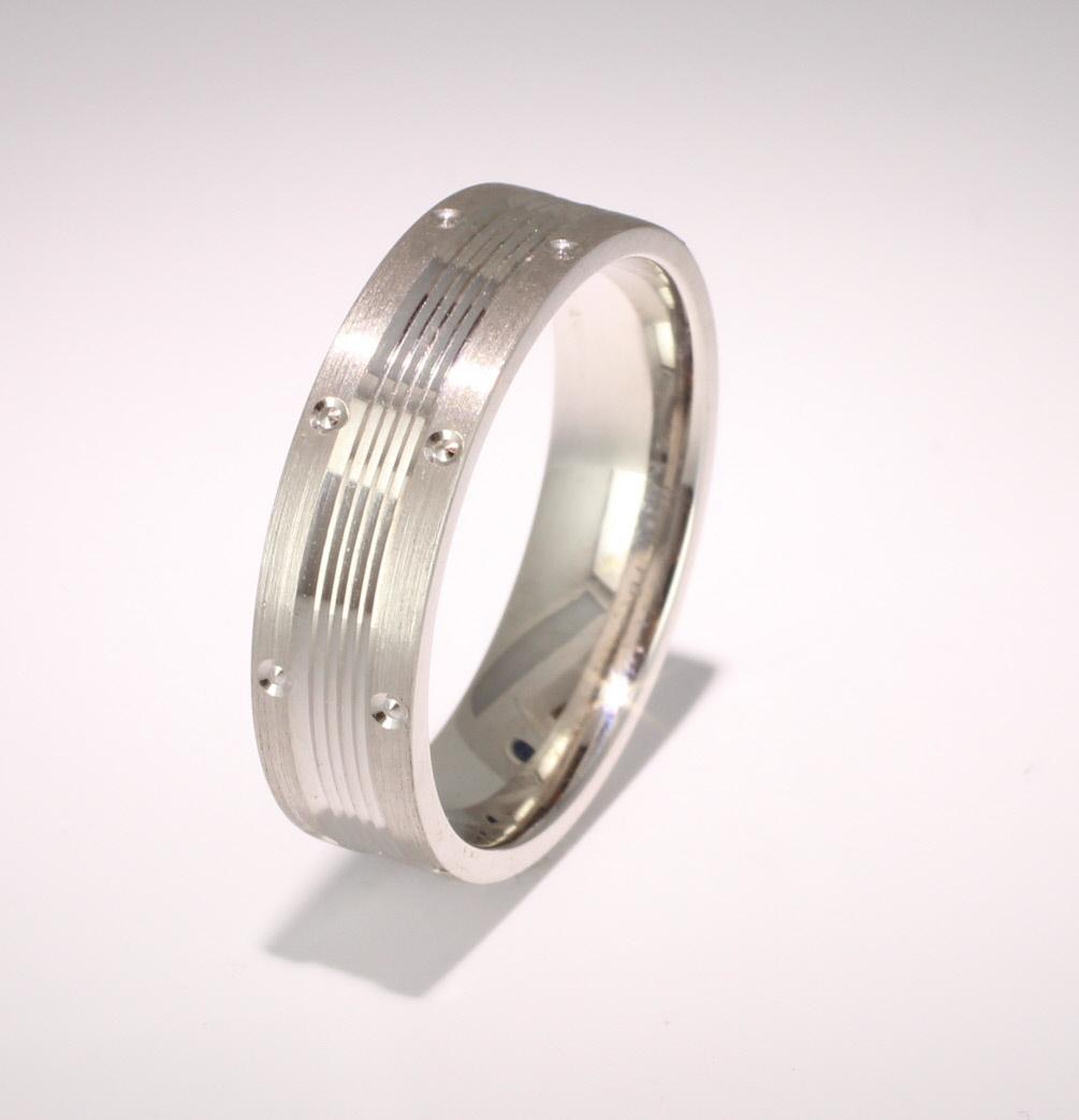 Patterned Designer White Gold Wedding Ring - Vicino