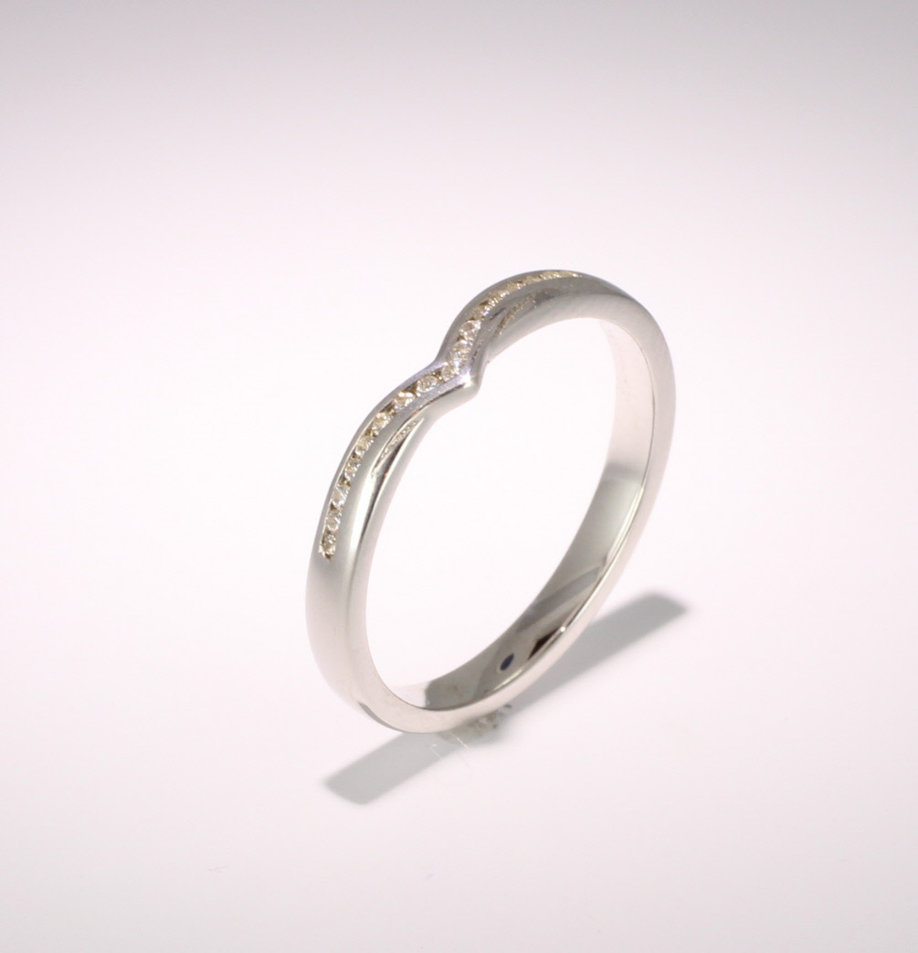 Shaped Wedding Ring (SW016) - All Metals