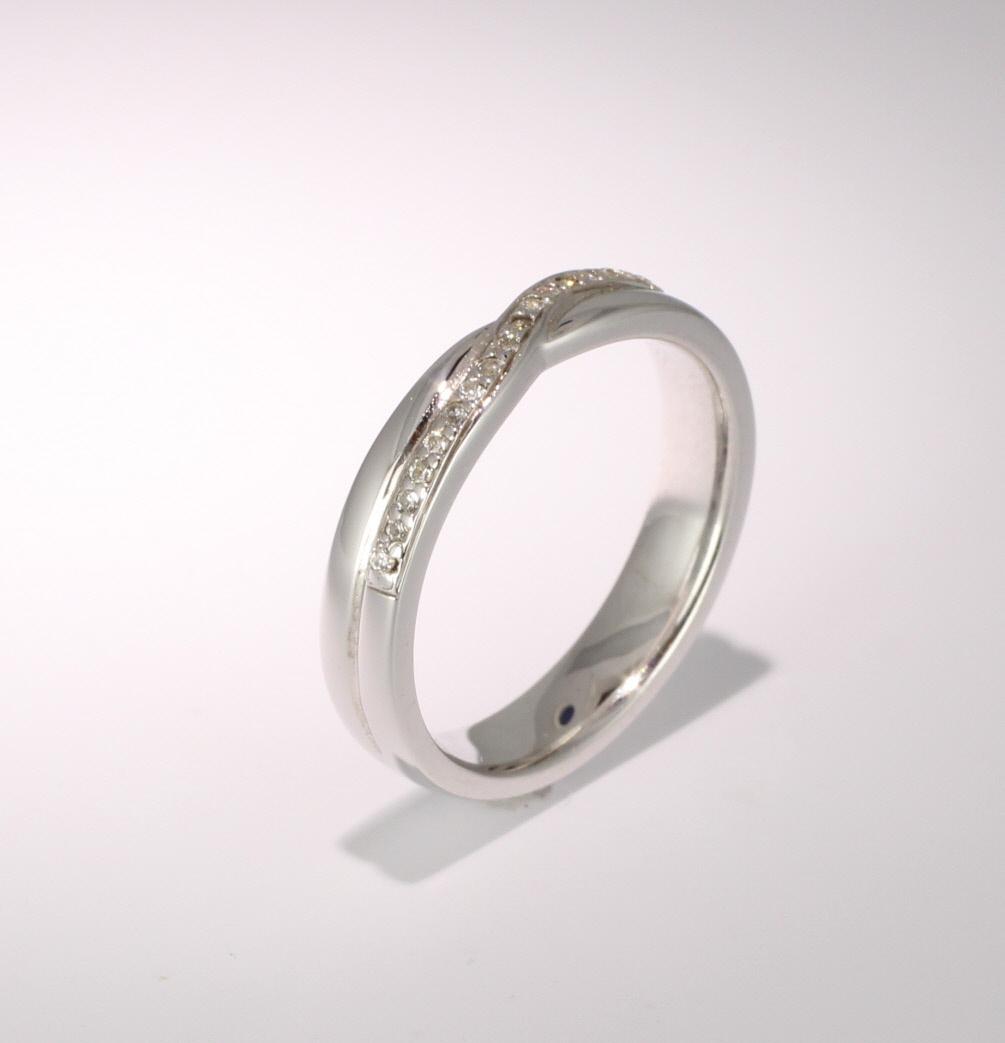 Shaped Diamond Wedding Ring (SW020-Plat) Platinum