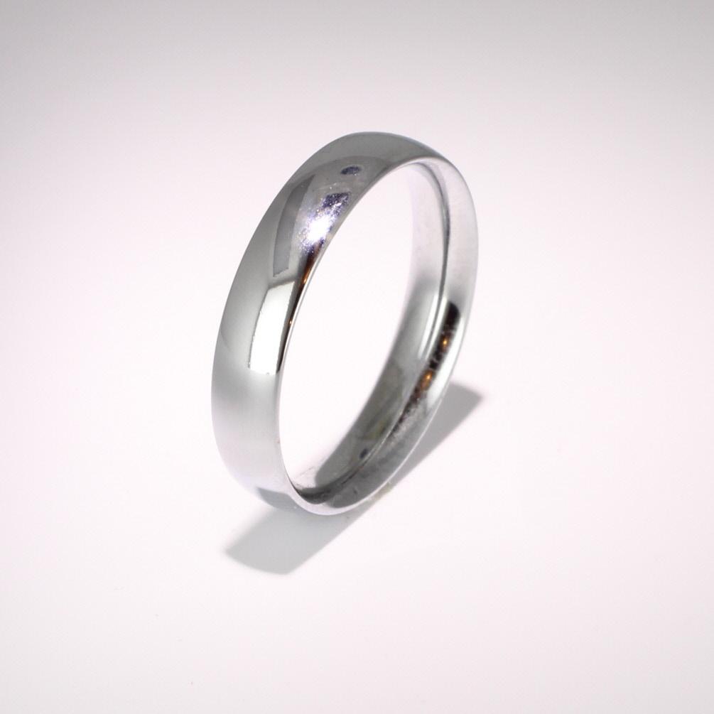Court Medium - 4mm (TCSM4P) Platinum Wedding Ring