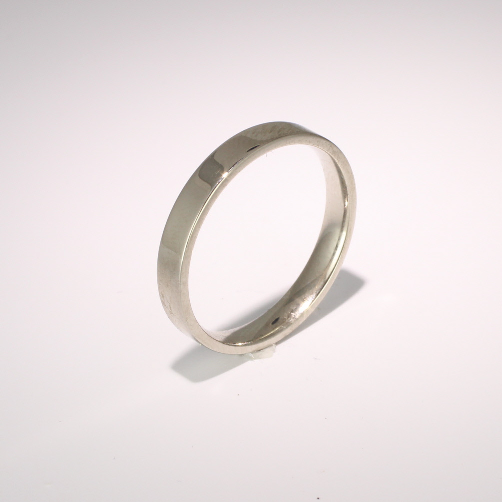 Flat Court Light - 3mm Platinum Wedding Ring (Plat or Pall)