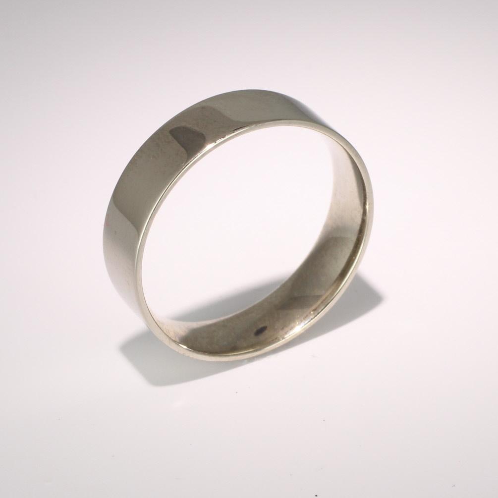 Flat Court Light - 6mm Platinum Wedding Ring (Plat or Pall)