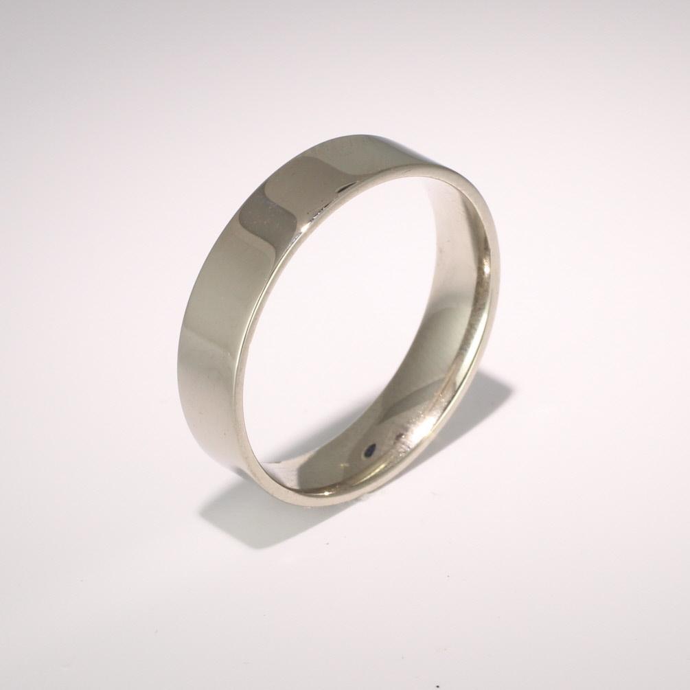 Flat Court Light -  5mm (FCSL5) 18ct White Gold Wedding Ring
