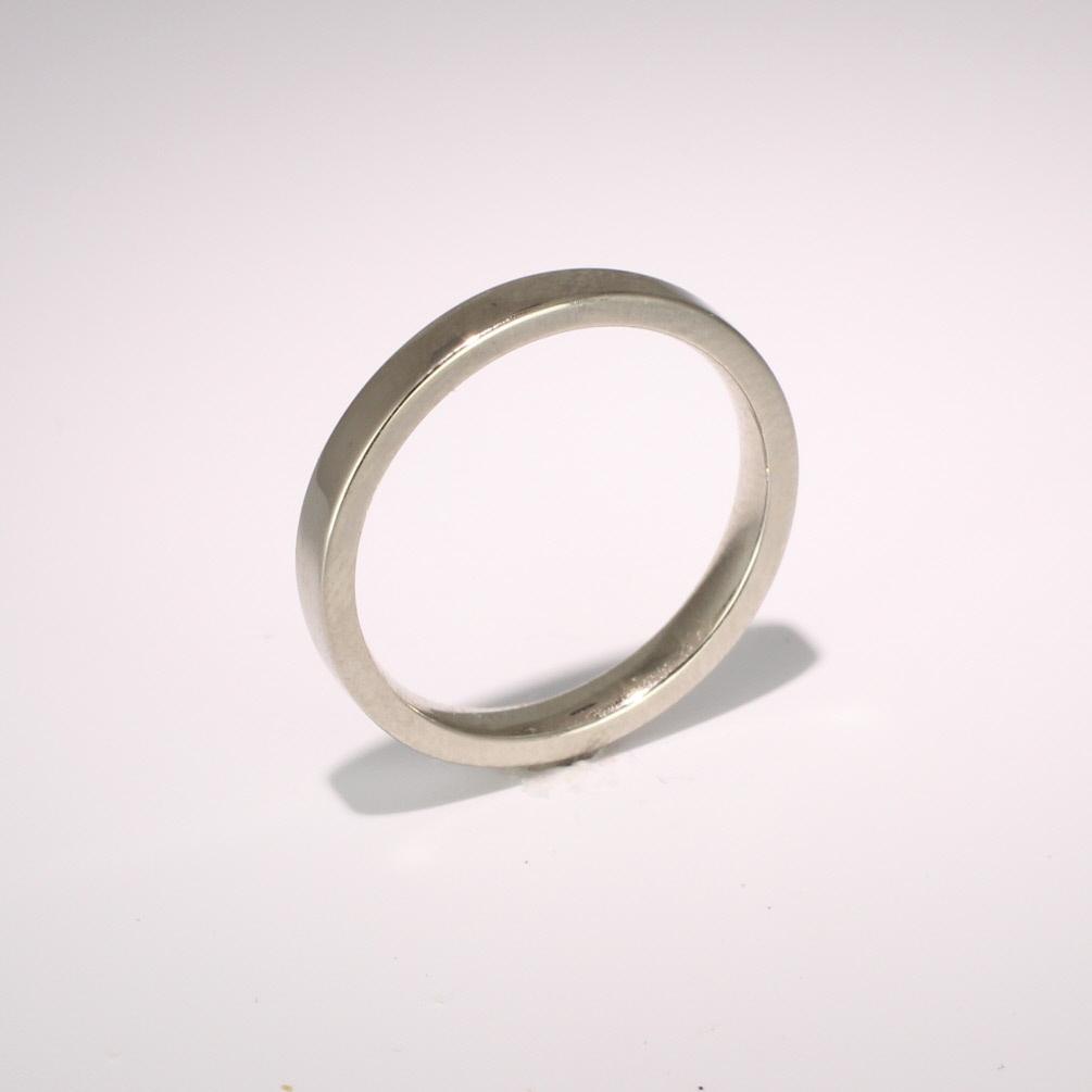 Flat Court Medium -  2.5mm (FCSM2.5) 18ct White Gold Wedding Ring