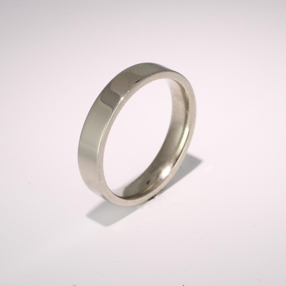 Flat Court Medium -  4mm (FCSM4) 18ct White Gold Wedding Ring