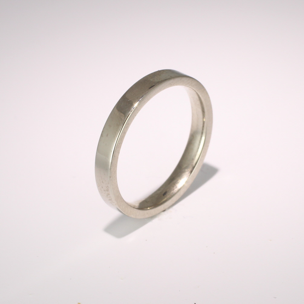 Flat Court Medium -  3mm (FCSM3 W) White Gold Wedding Ring
