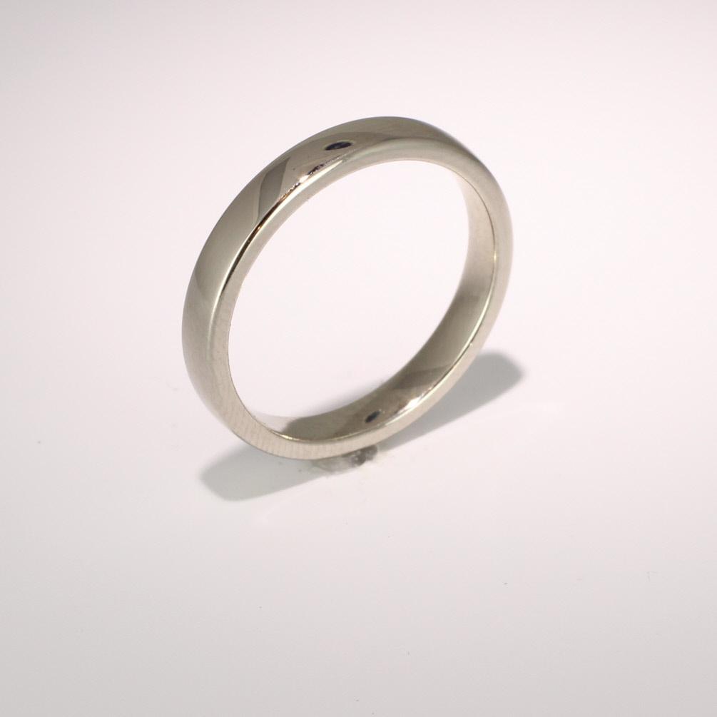 Soft Court Medium - 3mm (SCSM3) 18ct White Gold Wedding Ring