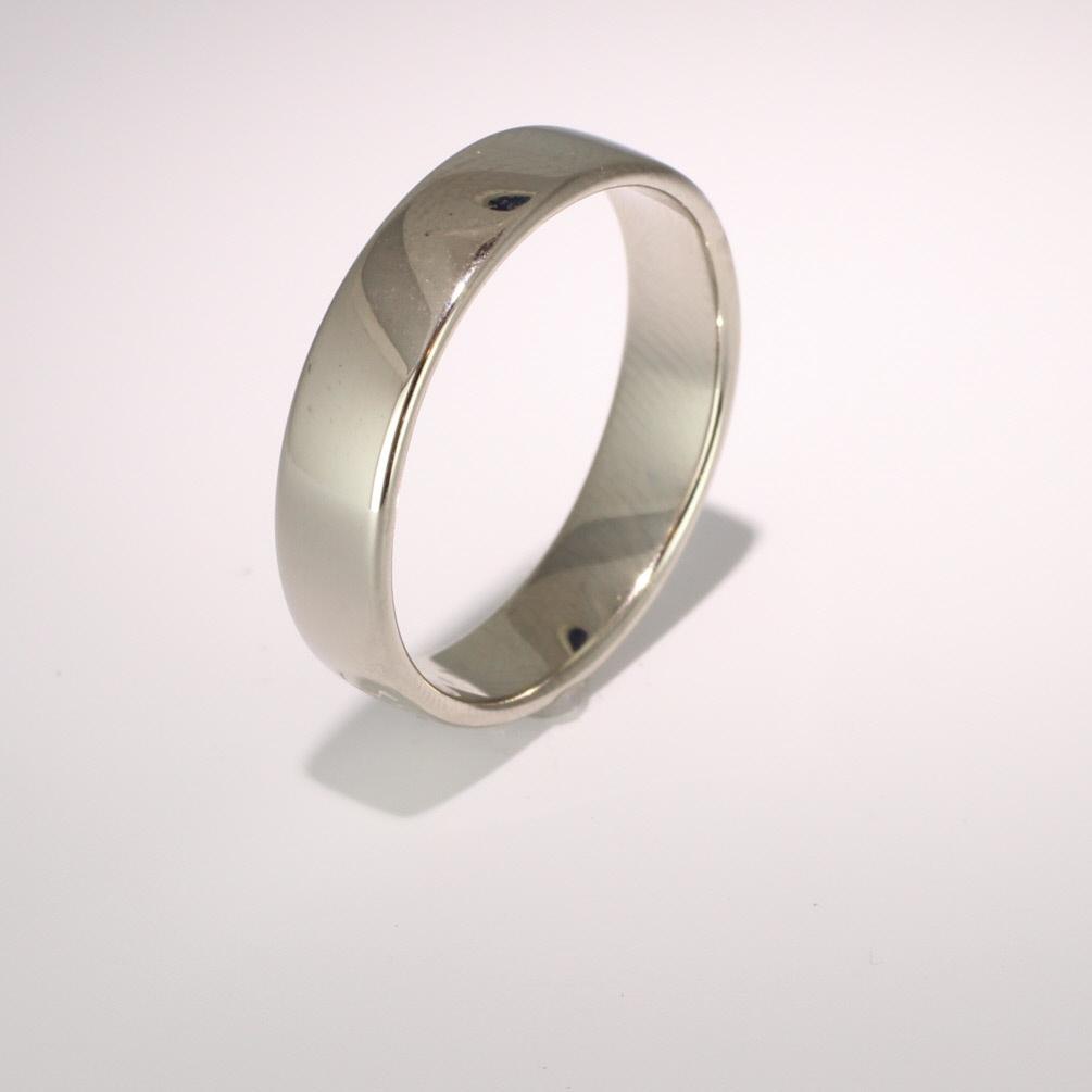 Soft Court Light - 5mm (SCSL5 W) White Gold Wedding Ring