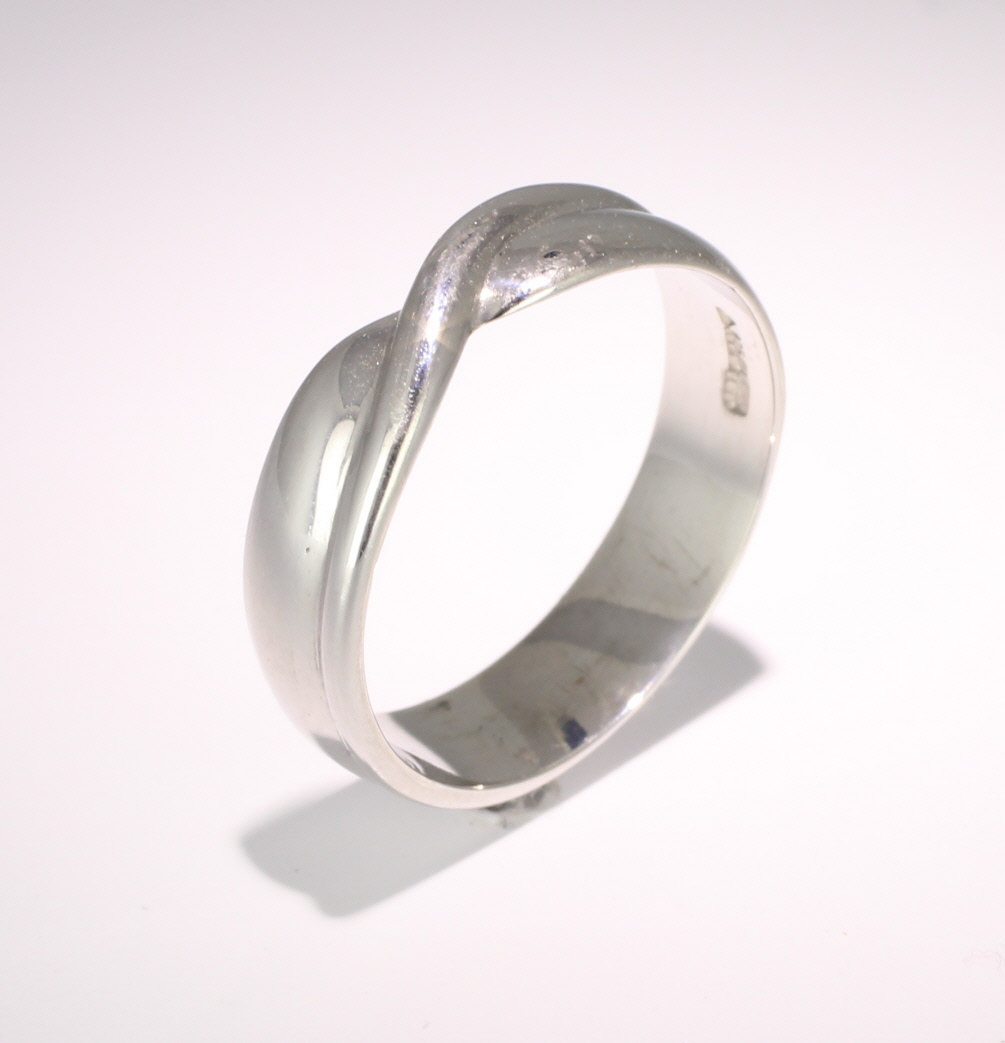Shaped Wedding Ring Width 5mm (P.R058) Platinum