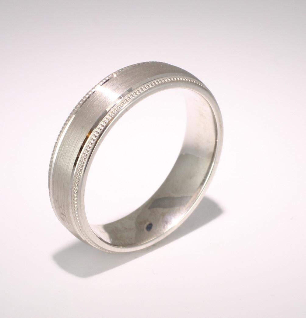 Patterned Designer Palladium Wedding Ring Siempre