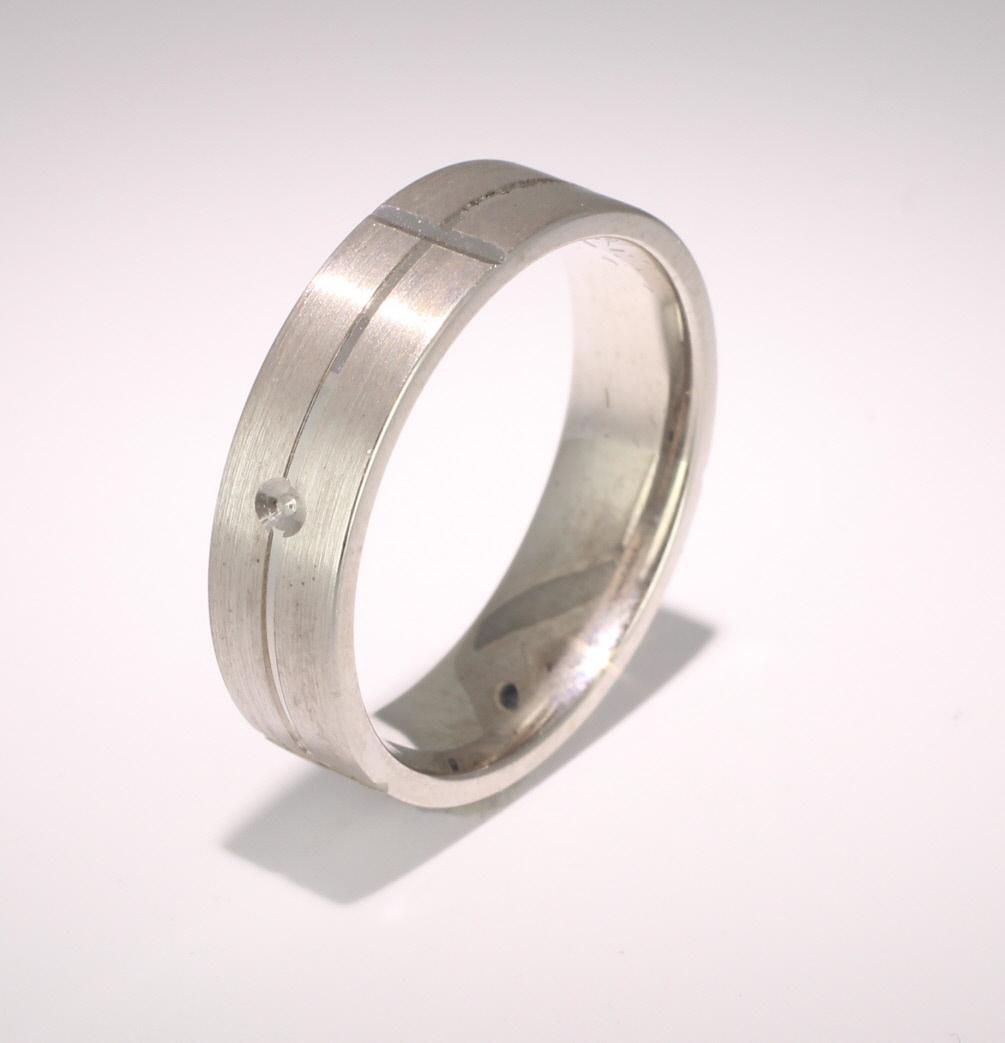 Patterned Designer Palladium Wedding Ring Carino