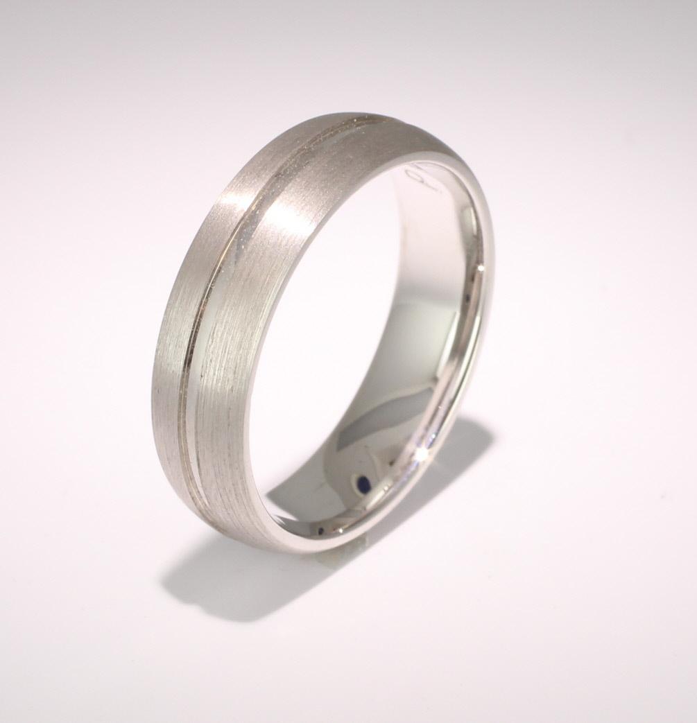 Luna D Shape Wedding Ring 4 to 6mm Platinum Heavy