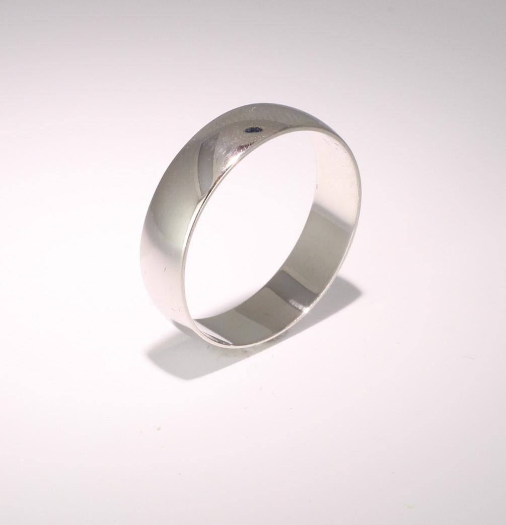 D Shape Light - 4mm (LD4 W) White Gold Wedding Ring