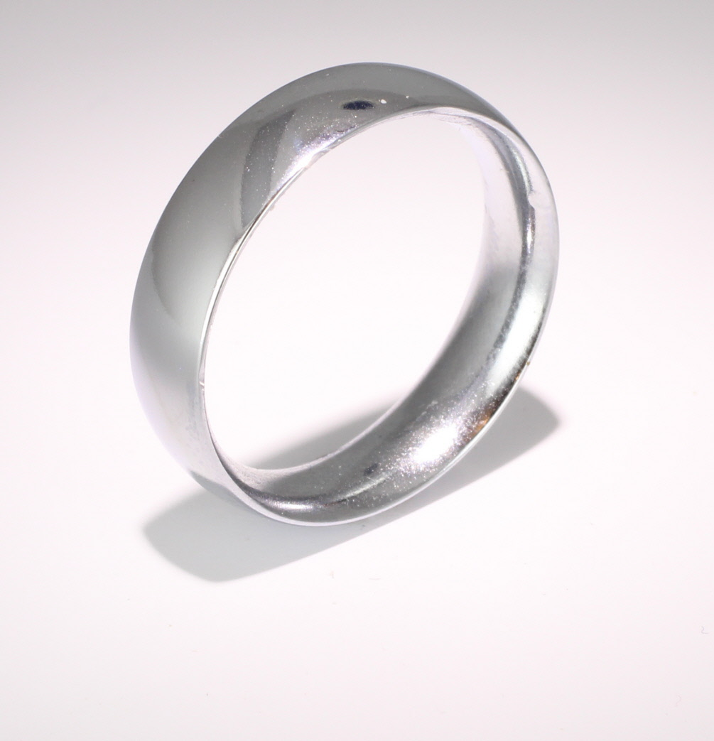 Court Traditional Heavy - 6mm Platinum Wedding Ring (Plat or Pall)
