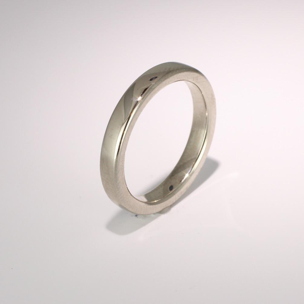 Soft Court Very Heavy - 3mm (SCH3) 18ct White Gold Wedding Ring