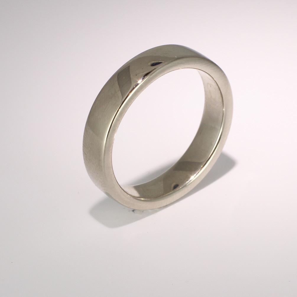 Soft Court Very Heavy - 5mm (SCH5) 18ct White Gold Wedding Ring