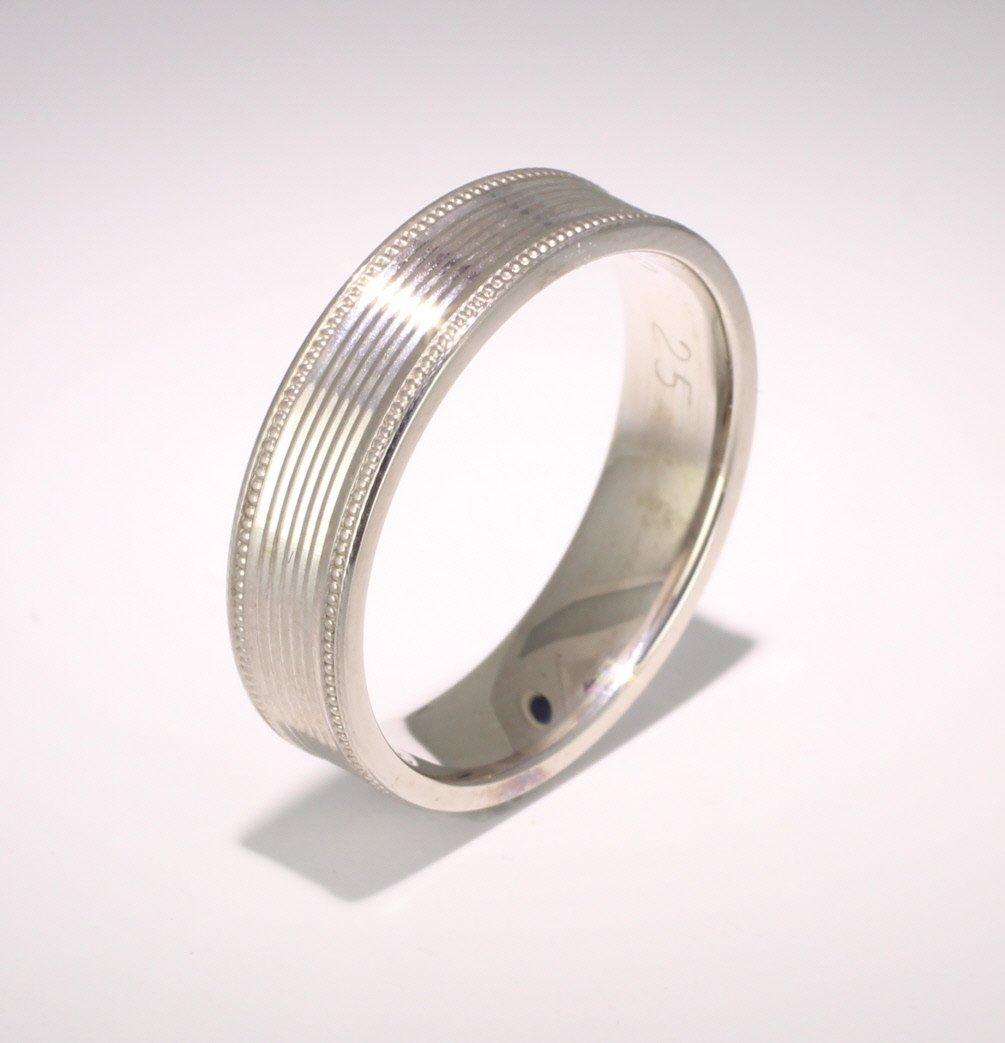 Devotio 4 to 6mm Flat Court Palladium Wedding Ring