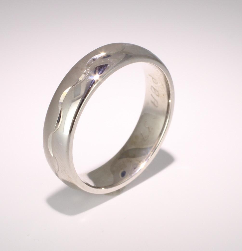 Patterned Designer Palladium Wedding Ring Desir