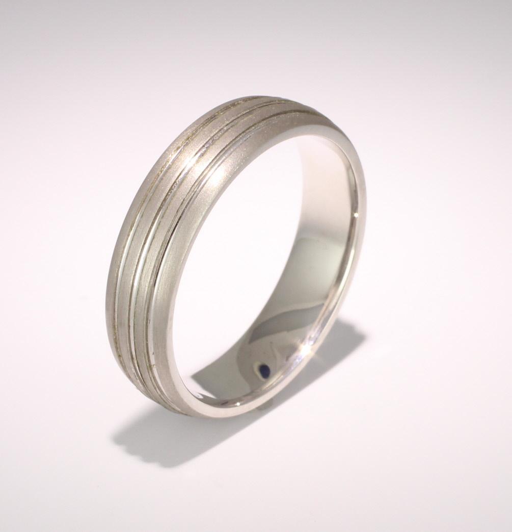 Foveo 5 or 6mm D Shape 18ct White Gold Diamond Wedding Ring
