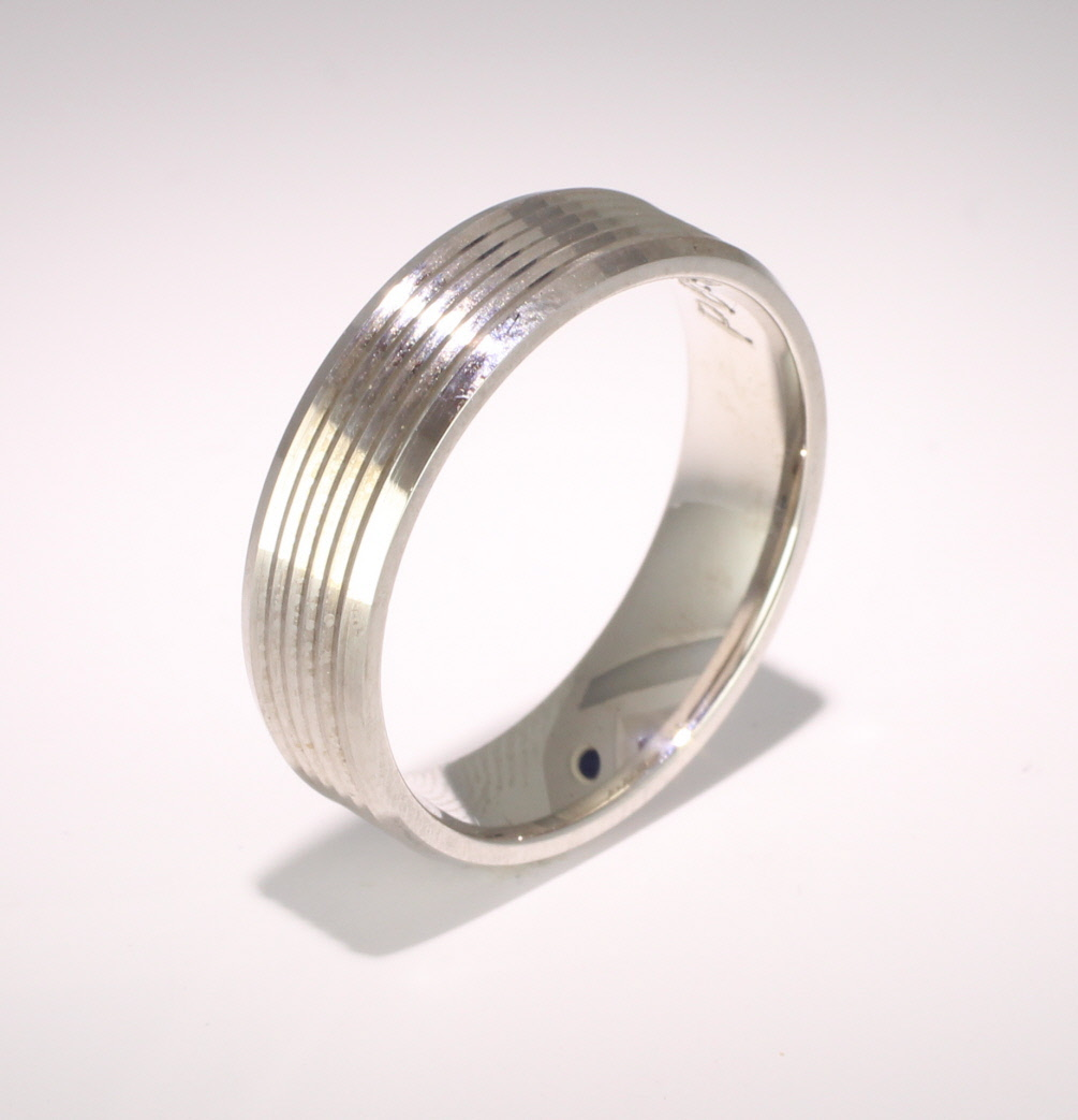 Armonice 6mm Flat Court 18ct White Gold Wedding Ring