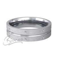 Amitie Pattern Flat Court Wedding Ring 3mm to 6mm Platinum Medium