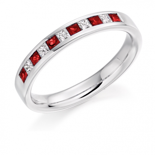 Ruby Ring - (RUBHET929) - All Metals