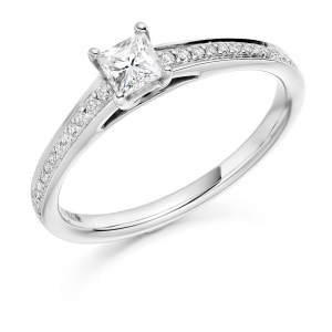 Engagement Ring with Shoulder Stones  - (TBCENG3332) - Certificated