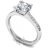 Platinum Diamond Engagement Ring Four V Claw Setting with Shoulder Stones