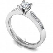Platinum Diamond Engagement Ring 4 Claw setting with Shoulder Stones - Fast Delivery