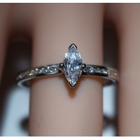 Engagement Ring with shoulder stones (TBC880) - GIA Certificate