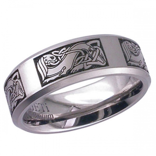Celtic Patterned (2226cd3) Titanium Wedding Ring